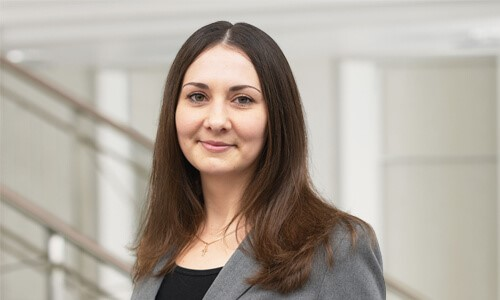 WKS Gruppe – Mitarbeiterin Swetlana Musafarow